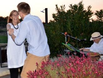 Oddbjorn Carolyn dancing9009.jpg