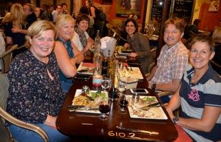 Tues dinner Caroline Siri, Monica, Diane, Desiree, Bjorn8880.jpg