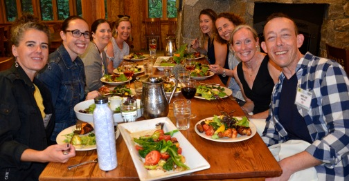 Dinner Lindsay, Erin, Kimberley, Carolyn, Emily, Jamila, suzy, Micah DSC1098.jpg